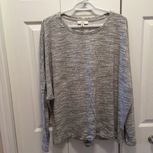 Halston Grey Long Sleeve Scoop Neck T-Shirt